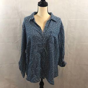 NWT Button  down blouse heart design